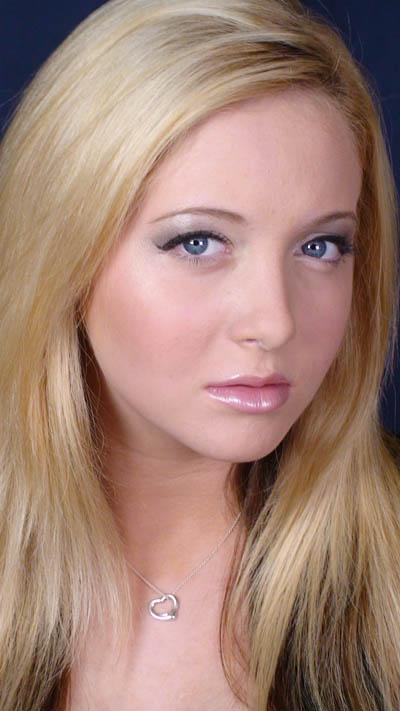 Laura Lieffring Professional Makeup Artist